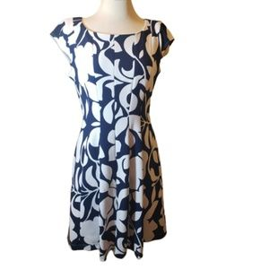 Signature by Robbie Bee Patterned Dress Size PL